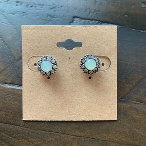 Chloe + Isabel Beau Mondor Stud Earrings